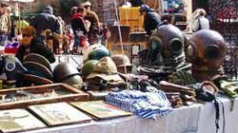 Street and exhibition markets - Antiques Market of Santo Stefano