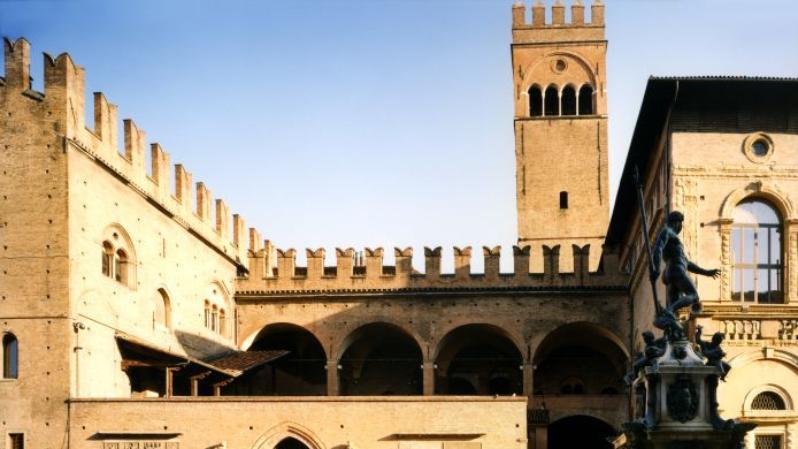 Dimore - Palazzo Re Enzo