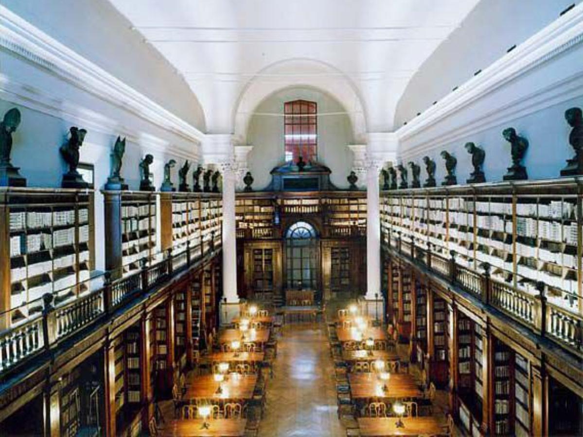 Biblioteche, emeroteche, librerie - La Biblioteca Universitaria