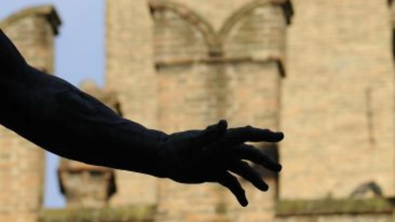 Personaggi, storia, tradizioni - Statua del Nettuno